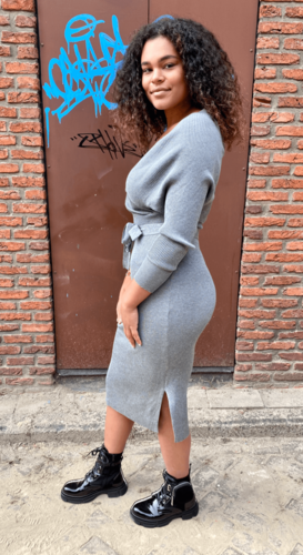 V-hals split jurk Sofia lichtgrijs