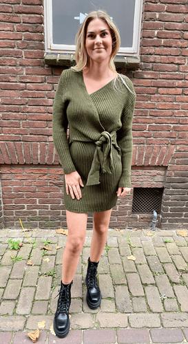 Strik jurk Yasmin Kakigroen